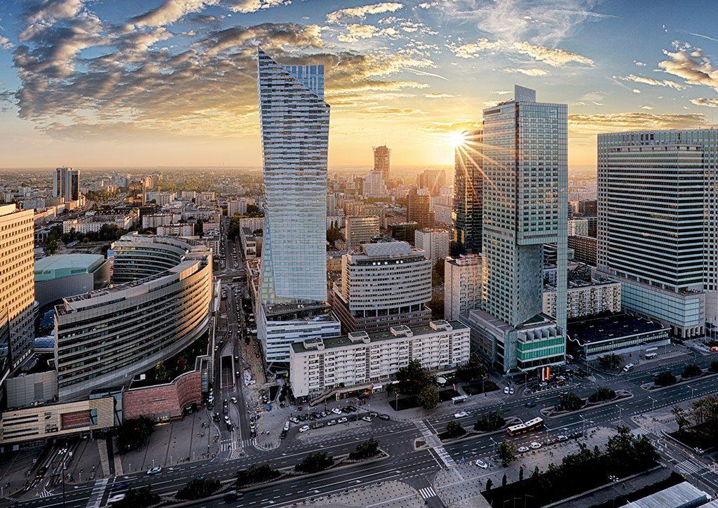 Historia, rozwój inowe możliwości. Warszawa wczoraj idziś, czyli jak biznes zmienił miasto
