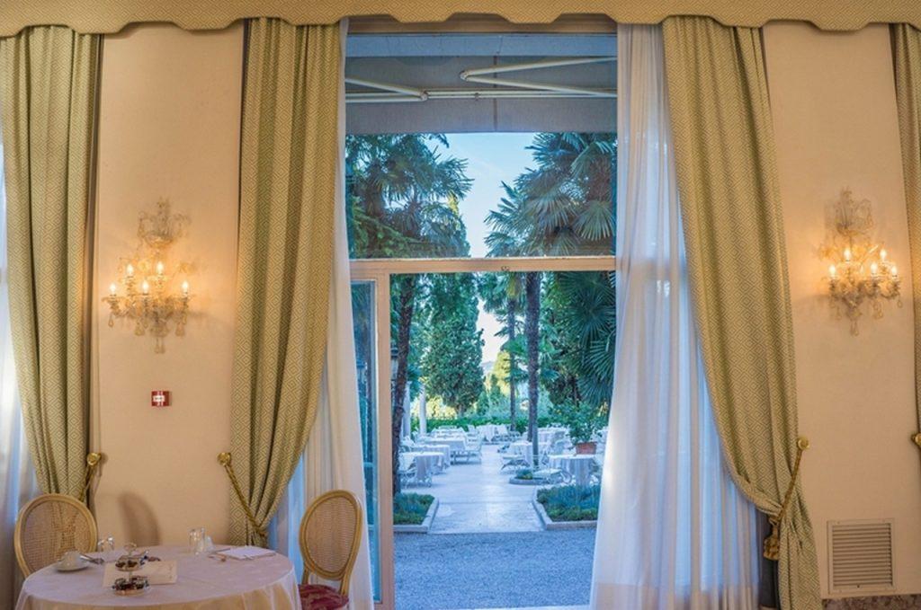 Wnętrza wstylu włoskim – oświetlenie, które eksponuje